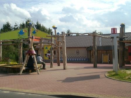 Eingang Vogelpark Marlow