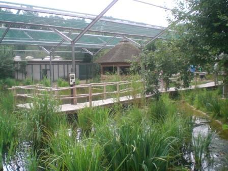Voliere im Vogelpark