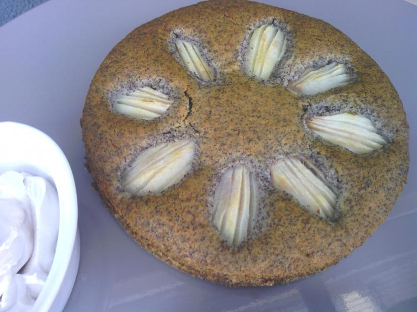 Birnenkuchen ohne Ei, dafür mit Apfelmus